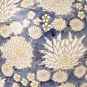 White Chrysanthemum_Zoomed